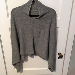Sweaters - NWOT Cashmere Poncho OS